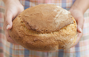Dzielenie chlebem na znak solidarności z ubogimi