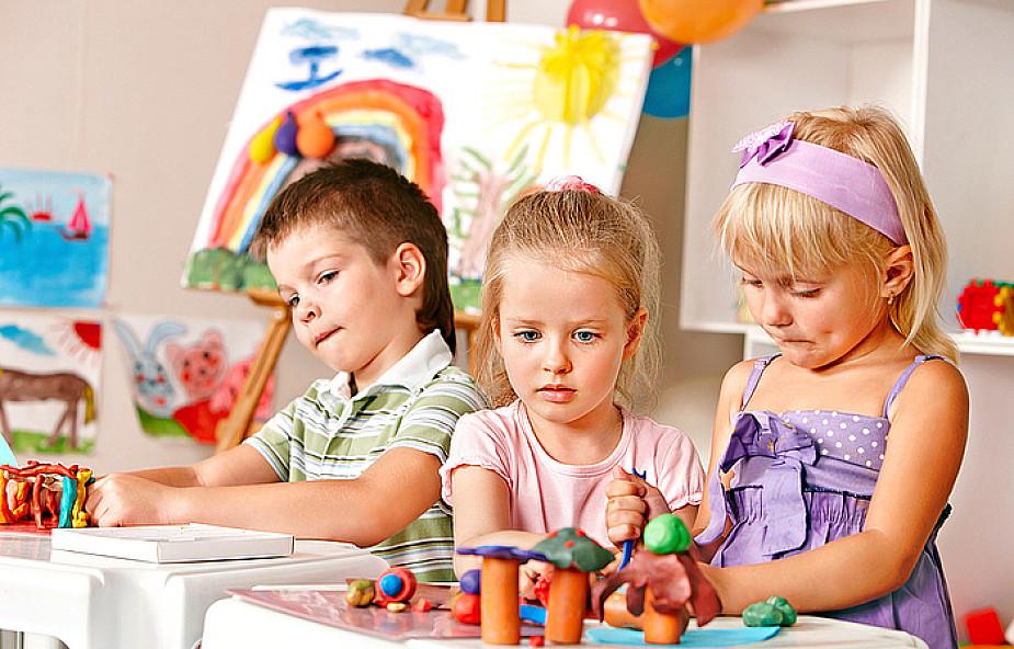 Subiektywny Alfabet Zabaw Plastycznych Z Recyklingu