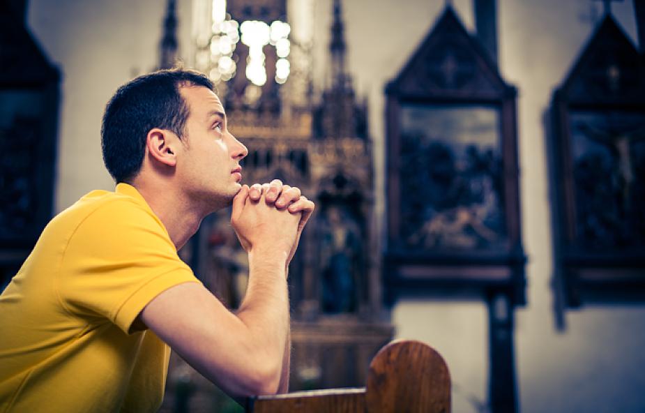 """""""Bóg przemawia do każdego, nawet niewierzącego"""""""