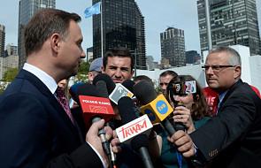 Rozmowa prezydentów Polski i USA w kuluarach