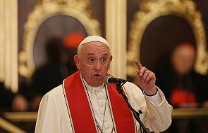 Papież wsparł urzędniczkę, która sprzeciwiła się ślubowi gejów