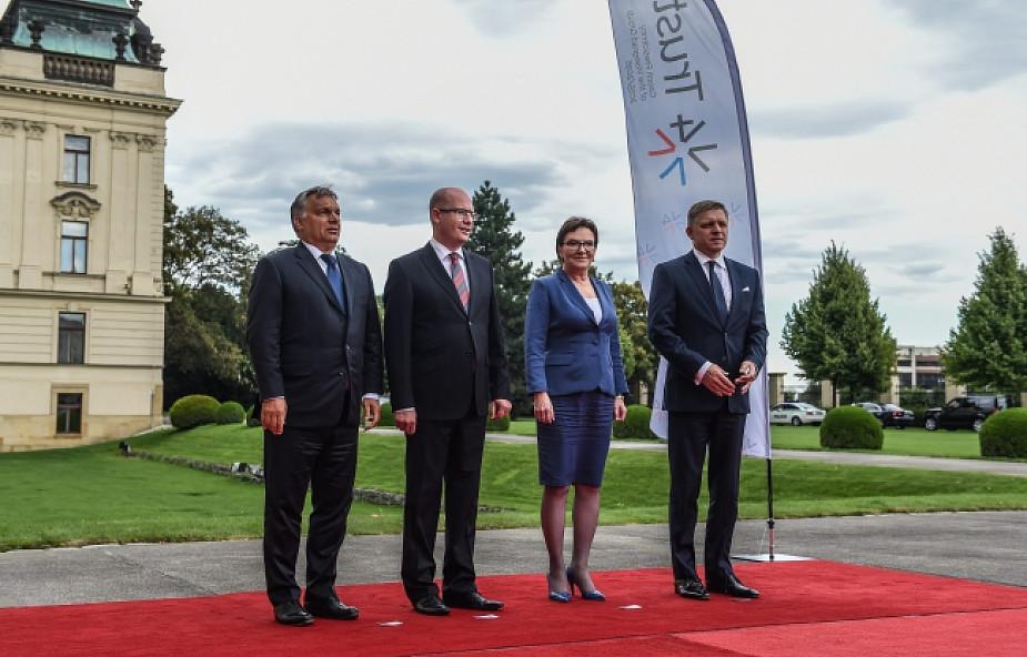 Czechy i Słowacja otworzą korytarz dla uchodźców?