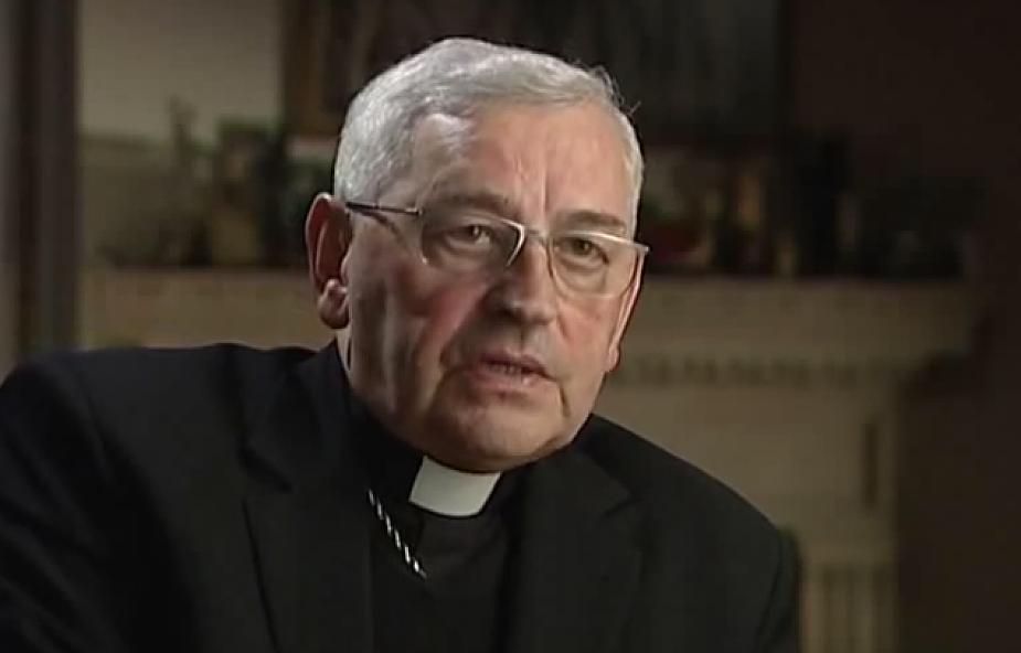 Bp Pieronek o gwałtach imigrantów na kobietach
