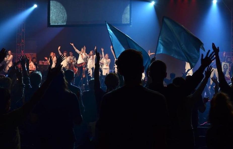 Czy charyzmatycy protestantyzują Kościół?