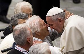 Papież do seniorów: musimy działać na rzecz kultury życia