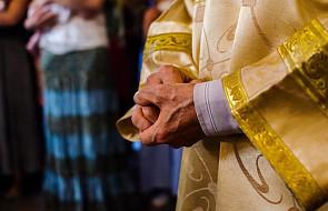 Świadectwo księdza: odkryłem, że służę dwóm panom