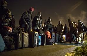 Rozpoczęła się ewakuacja obozu migrantów w Calais