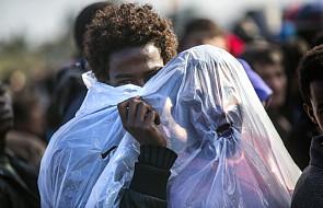 Bp Jaeger: uchodźcom z Calais trzeba pomóc