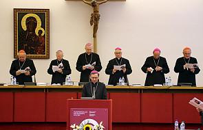 Biskupi przeciwni karaniu kobiet za aborcję