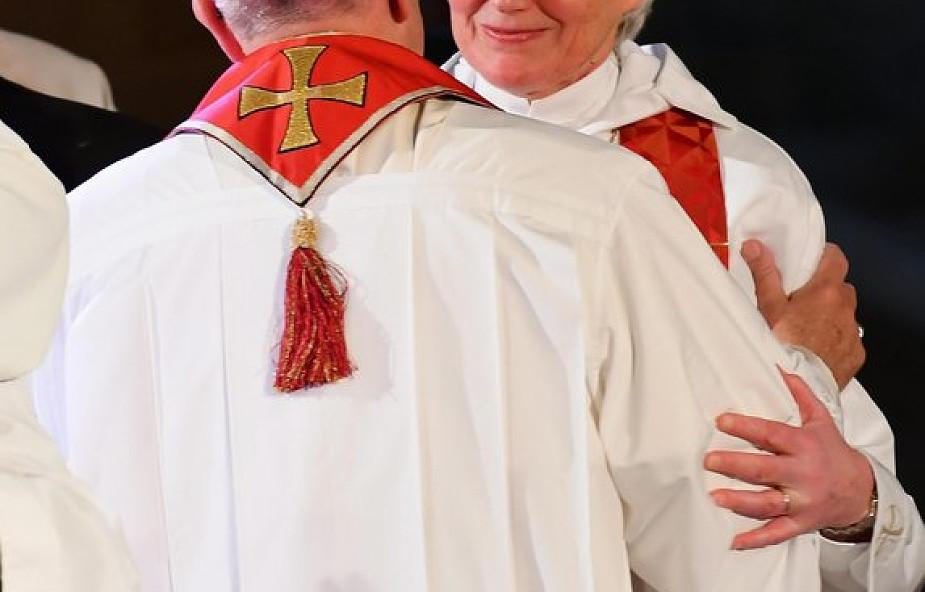 Papież Franciszek o możliwości wyświęcania kobiet
