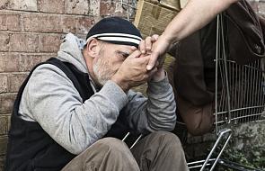 Bezdomni z modlitwą na Jasnej Górze