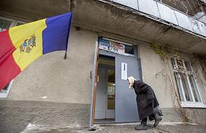 Mołdawia: trwają pierwsze wybory prezydenckie