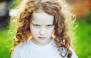 7 wskazówek, jak radzić sobie z fochami dziecka