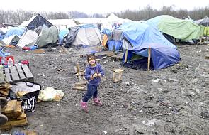 Start ewakuacji nieletnich mieszkańców z Calais