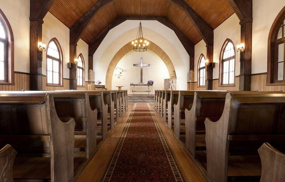 Kościół zniszczony w czasie ataku na WTC powstaje z ruin