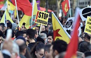 Paryż: demonstracja przeciw działaniom władz tureckich
