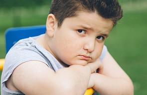 Tomek ma 16 lat, nadwagę i serce pocięte jak żyletkami
