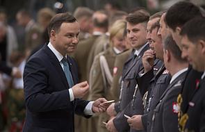 Prezydent dziękuje żołnierzom za służbę