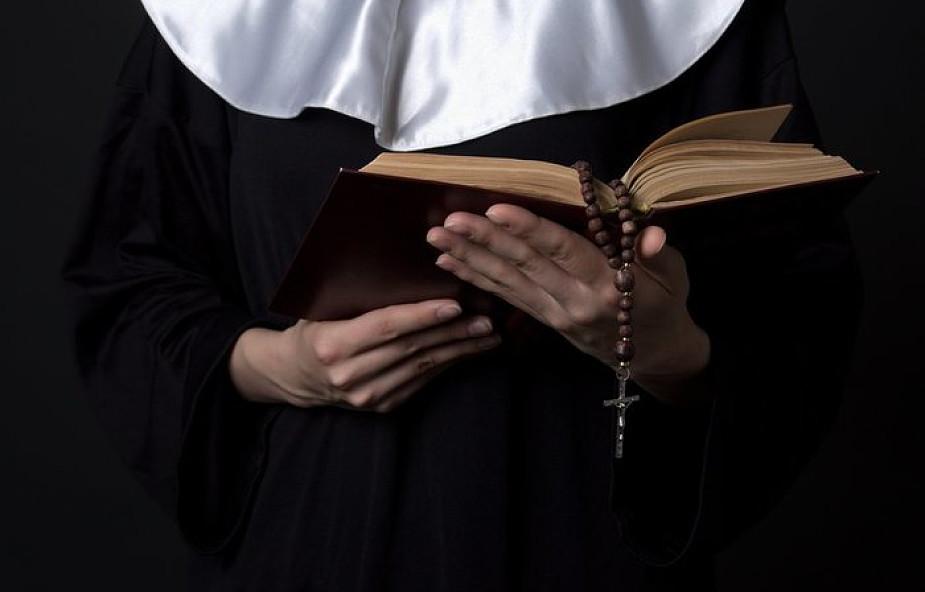 Do sióstr zakonnych: jesteście przykładem dla kapłanów