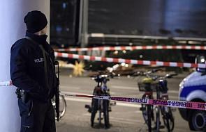 Niemcy: kierowca ciężarówki celowo wjechał w tłum
