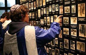 Niemcy zwracają rzeczy osobiste więźniów obozów koncentracyjnych