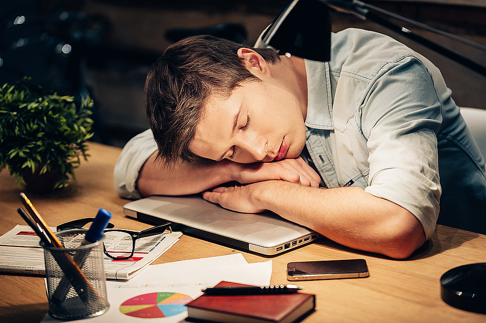 7 sposobów, jak znaleźć czas na modlitwę - zdjęcie w treści artykułu