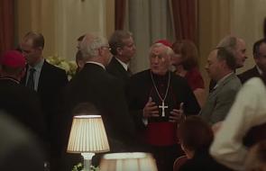 Katolik ogląda film o pedofilii w Kościele