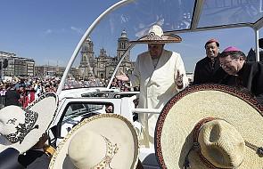 Rzecznik Watykanu: milion ludzi powitało papieża