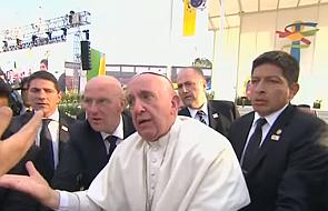 Tak zdenerwowanego papieża jeszcze nie widzieliście [WIDEO]