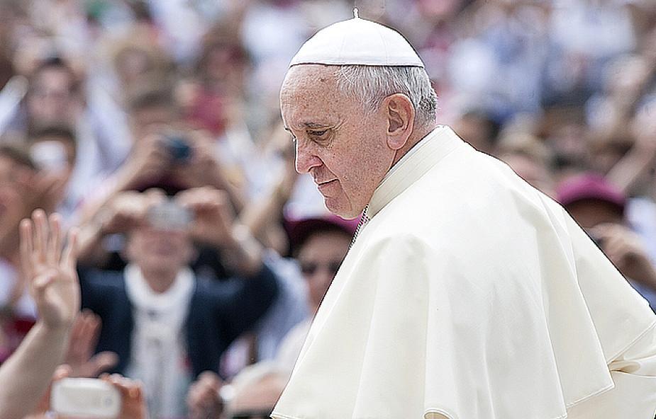"""Papież: pedofilia w Kościele jest jak """"diaboliczna"""" ofiara"""
