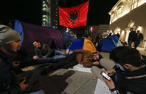 Kosowo: miasteczko namiotowe w Prisztinie