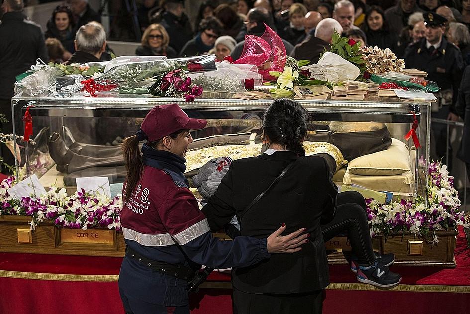 Nietknięte ciało ojca Pio w Rzymie - zdjęcie w treści artykułu nr 1