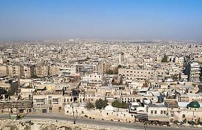 Syria: mieszkańcy uciekają z atakowanego Aleppo