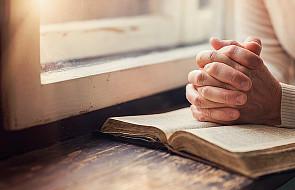 Jak modlić się Słowem Bożym