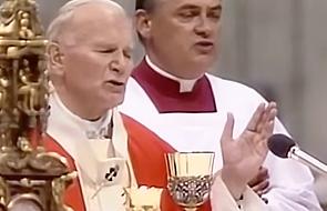 """Jan Paweł II i lekcja modlitwy """"Ojcze Nasz"""" [WIDEO]"""