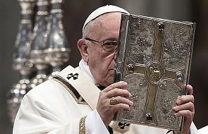 Papież: ksiądz musi wyróżniać się postawą godności