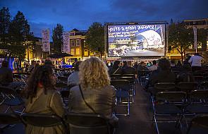 Włochy: dyskusja nad sensem dubbingu w kinie