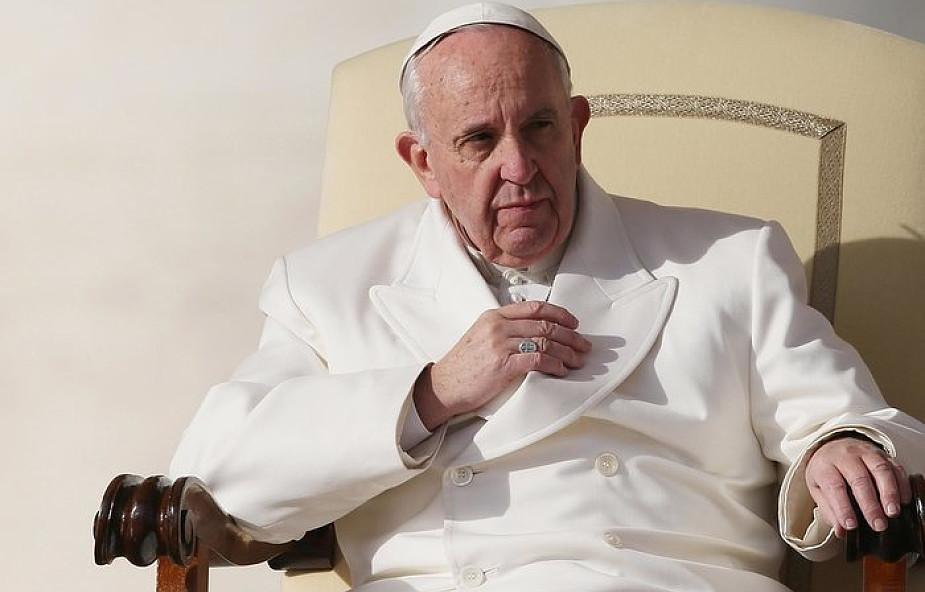 Papież do uchodźców: wybaczcie zamykanie drzwi