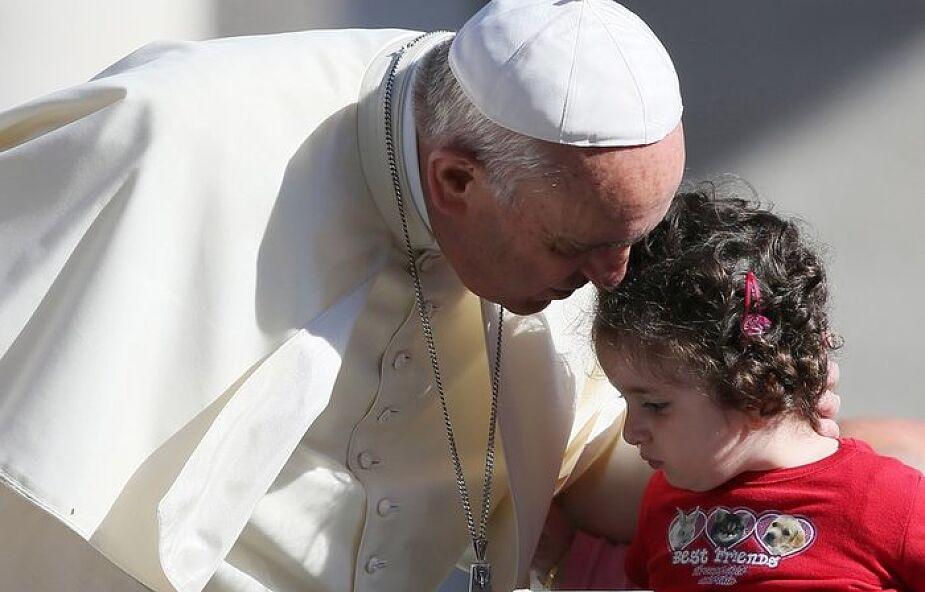 Papież włożył palec w ranę