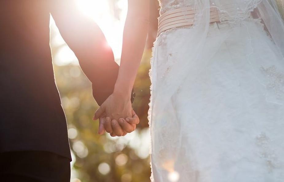 Norwegia: biskupi chcą zrezygnować ze ślubów konkordatowych