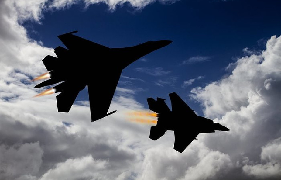 Groźny manewr rosyjskiego myśliwca w pobliżu samolotu USA