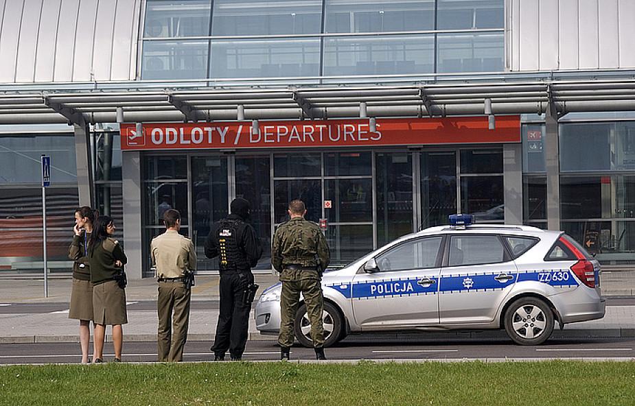 Ujęto sprawcę fałszywych alarmów na lotniskach w Modlinie i w Warszawie