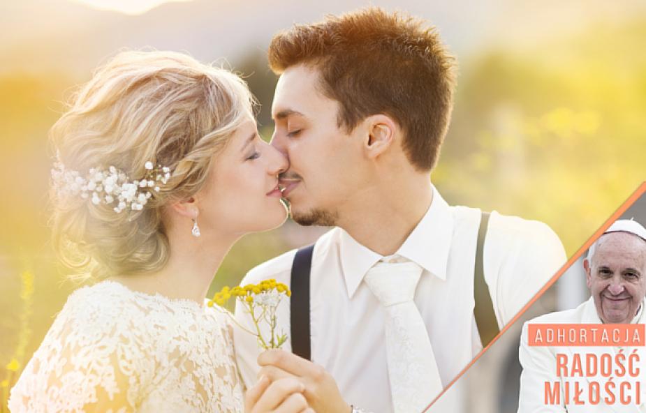 Papież o zagrożeniach dla małżeństwa
