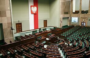 Sejm przeciw odrzuceniu projektów ustaw PiS i PSL o TK