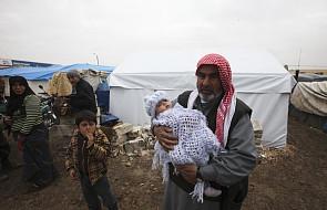 Chrześcijanie zaopatrują w żywność ubogich muzułmanów