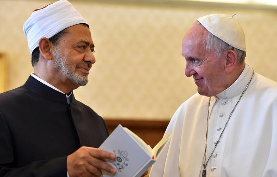 Spotyka się z wielkim grzechem w islamie