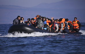 Holenderski okręt uratował migrantów
