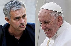 Jose Mourinho w roli papieża Franciszka