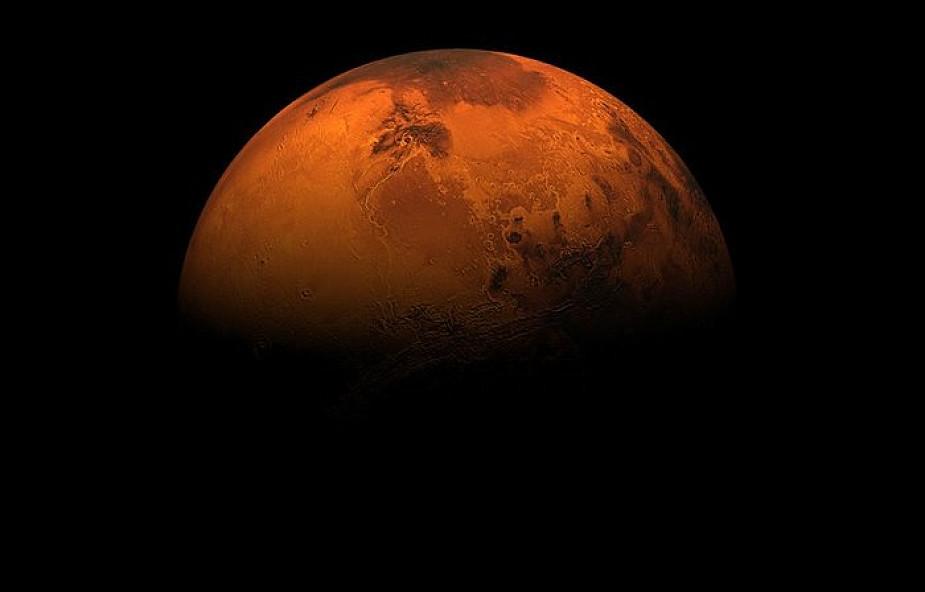 Polacy sprawdzą, czy da się skolonizować Marsa