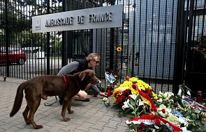 Polacy oddają hołd ofiarom zamachu w Nicei